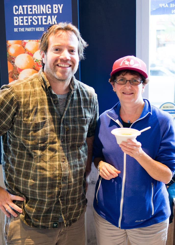 Josh Singer, founder of the DC Food Recovery Working Group, and Cheryl Kollin, program director at Community Food Rescue, at Beefsteak.