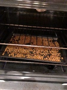 Roasting chickpeas in the oven